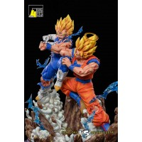 DBZ - Goku vs Majin Vegeta by F4 studio